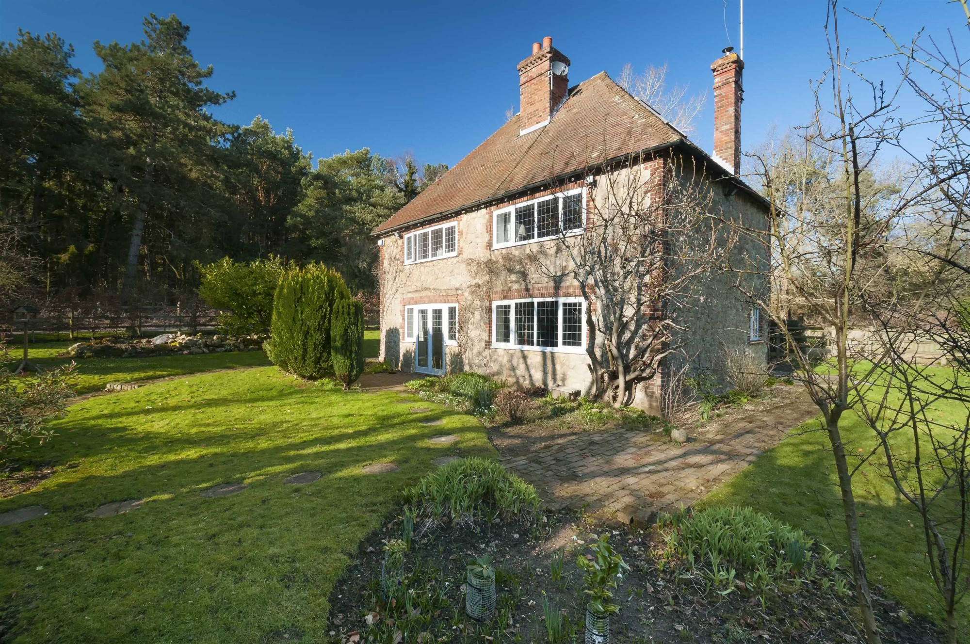 Images for Newlands Cottage, Newlands Road, Charing EAID:TT BID:SAD1