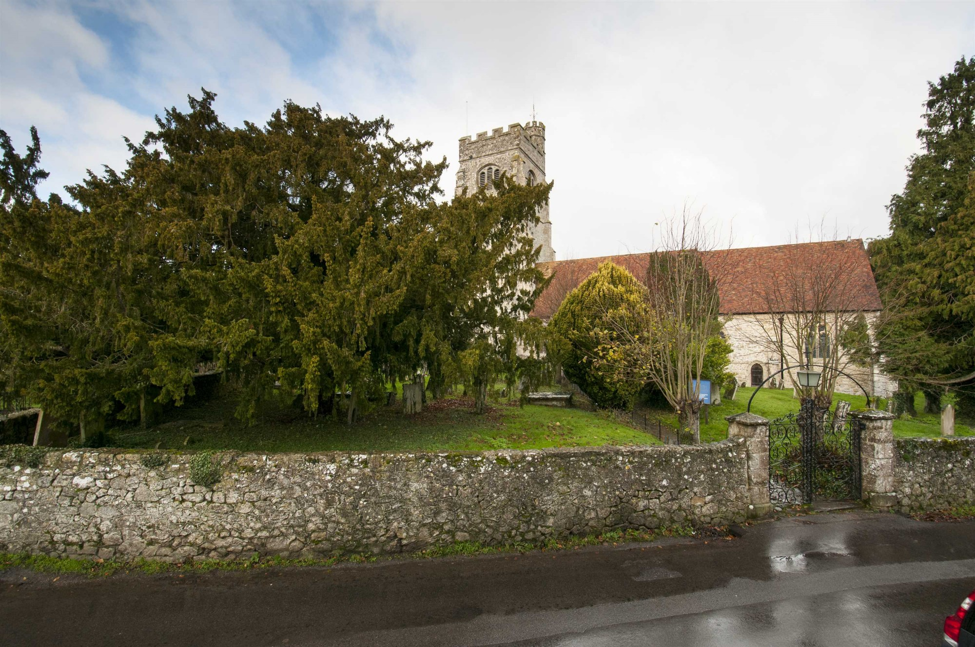 Images for Church Cottages, The Street, Egerton EAID:TT BID:SAD1